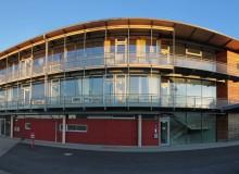 Die Grundschule im Abendlicht als Panorama 5421 x 2400 Pixel